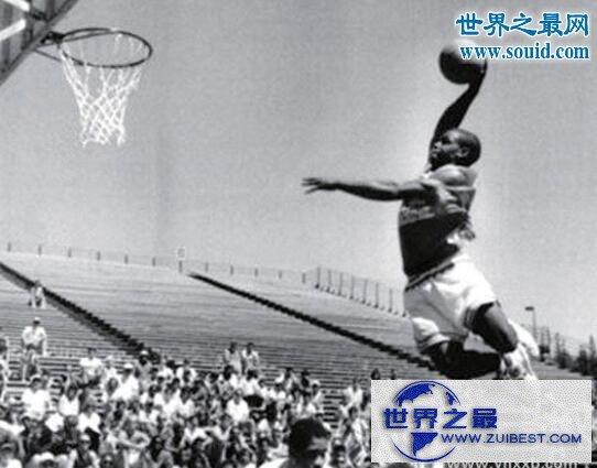 【图】世界上弹跳最高的人,厄尔.麦尼考尔特(比乔丹还