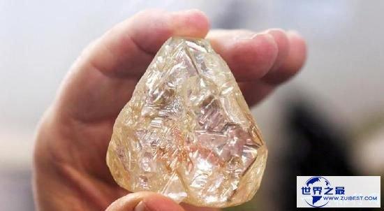 世界最穷国家又挖出超大钻石 这颗钻石重达476克拉钻石
