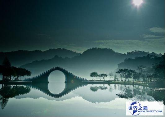 10.中国 台北大湖公园月亮桥