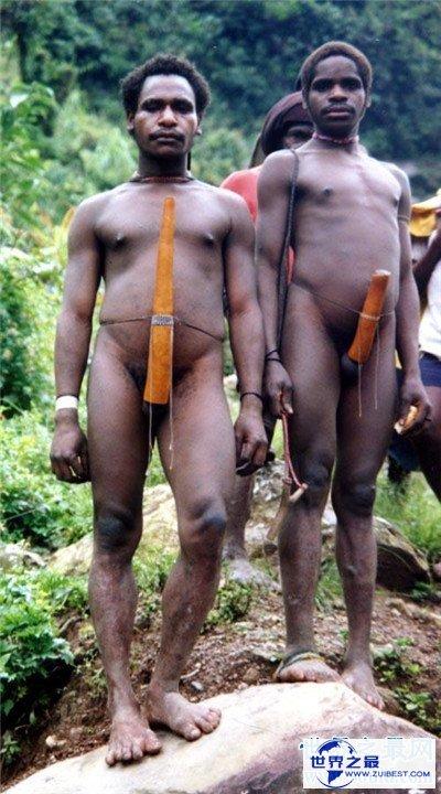 【图】巨阴族生存在非洲原始部落 男性生殖器官达到