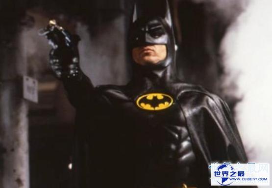 【图】蝙蝠侠系列部部经典 从超级英雄到亡命咫尺的他