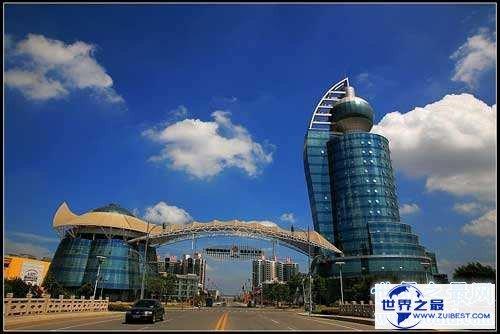 【图】中国十大最丑建筑引见 上海LV大厦像一只白色靴