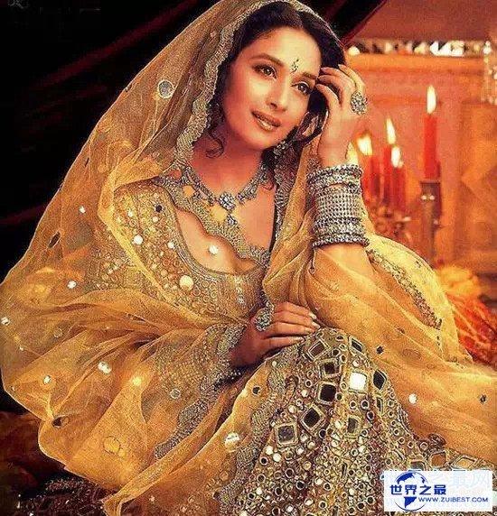 【图】受人跪拜的印度圣女 其实是高僧们的应召女郎