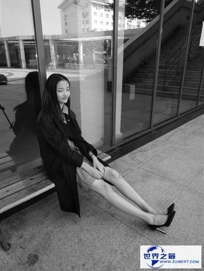 14岁苏州女孩获国际模特大赛冠军 最年轻的模特冠军诞生