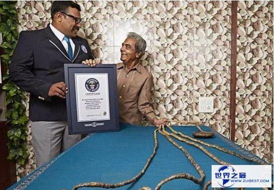 清点世界最长 印度男子左手指甲长度总和竟达9米