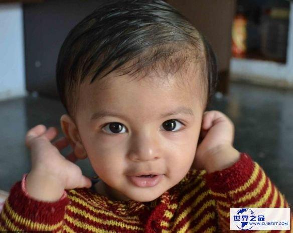H./印度/母亲年龄:6年7个月